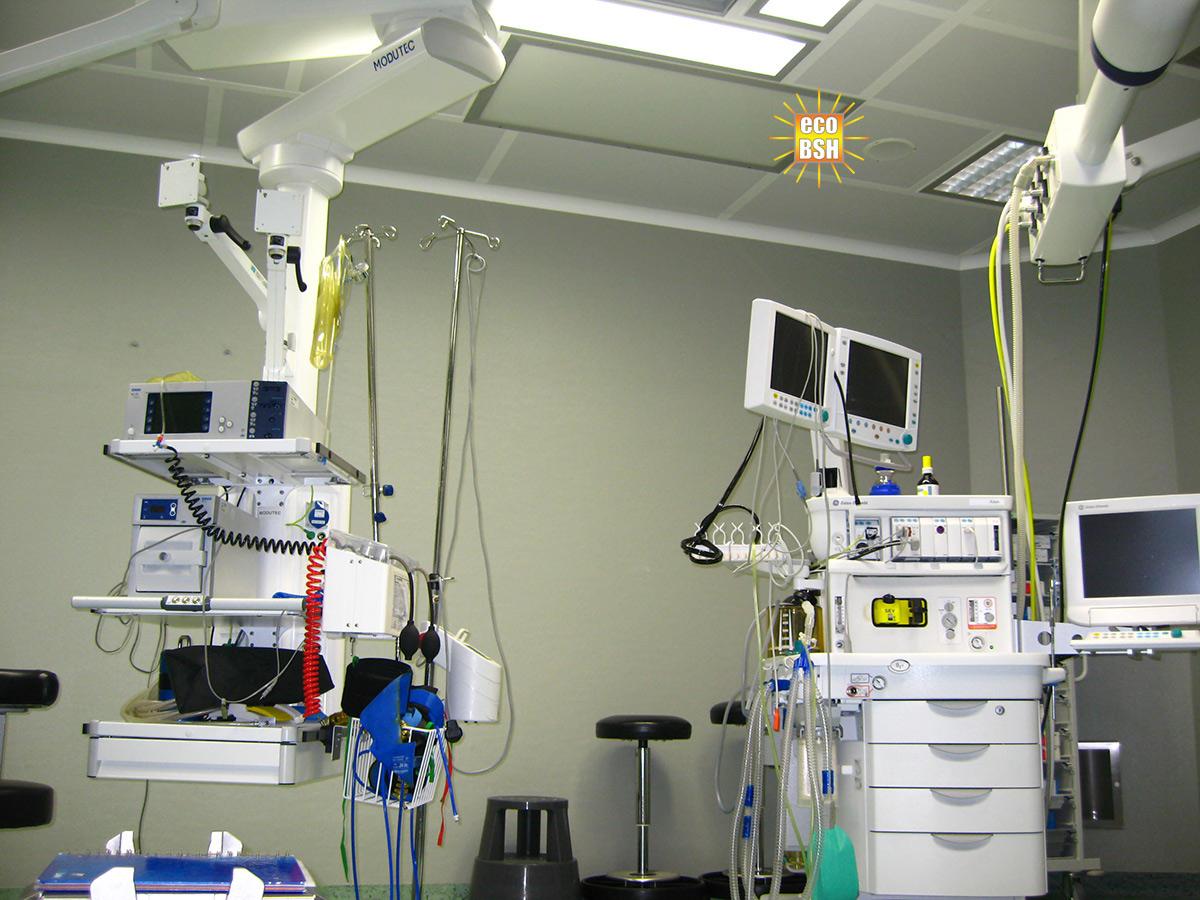 Salle d'opération Hôpitaux PLEZURA encastré